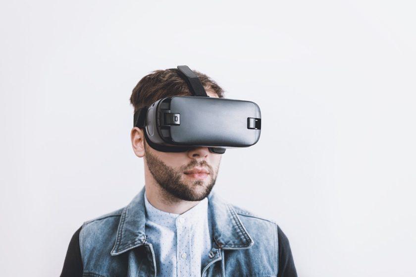 Virtuální realita je tak špatná, že by jí lidé nepoužívali, ani kdyby byla zadarmo