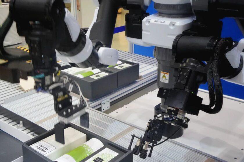 Co je to kolaborativní robot? Užitečný pomocník do výroby